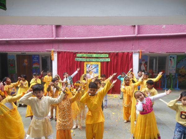 Guest Comments   Apeejay School  Saket Fancy Dress KG B  Visit to Temple