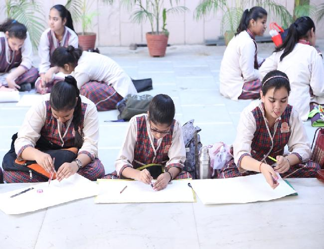dldav shalimar bagh holiday homework